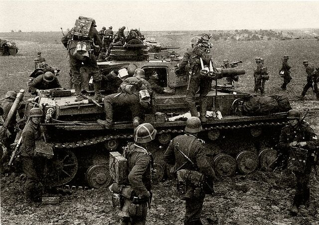 File:Panzer IV, Battle of Moscow.jpg