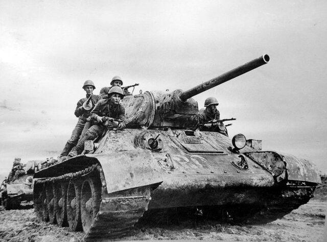 File:T-34 Armored Push, Kharkov 1942.jpg