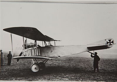 450px-Albatros B.III