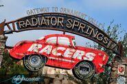 Radiator Springs Racers entrance-1-