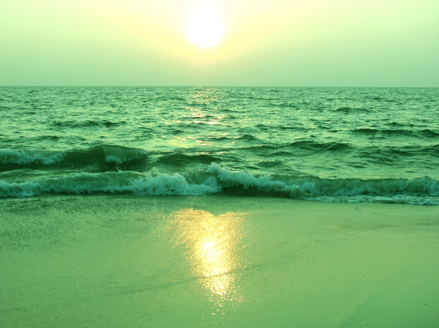 File:TheBeach.png