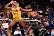 Hulk-Hogan and Sid at Wrestlemania 8