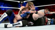 Styles locking Owens in a Submission