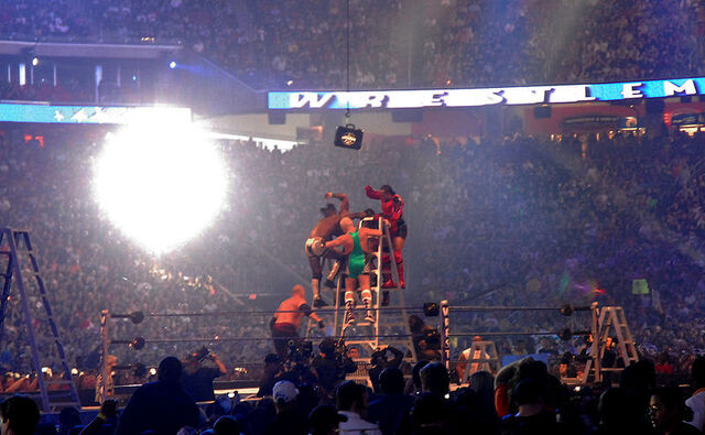File:Wrestling on a ladder -- not recommended.jpg