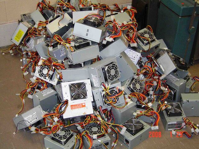 File:Power Supply Pile 1 sm.jpeg