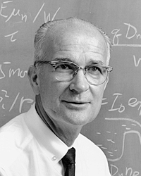 File:William Shockley teaching at Stanford University.jpg