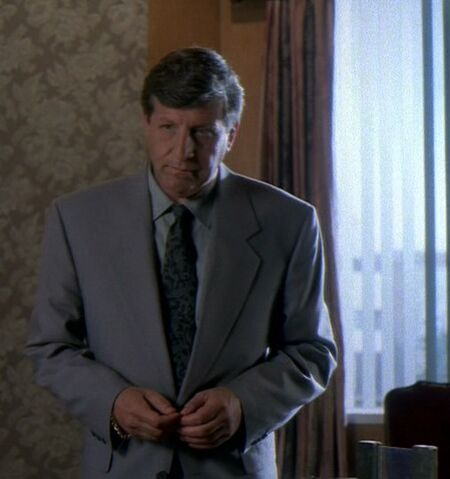 File:Robert Dorland in his office.jpg