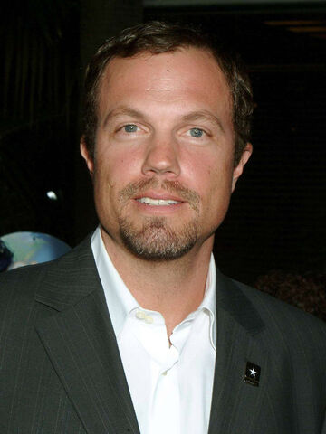 File:Adam Baldwin.jpg