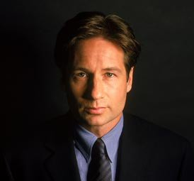 File:Fox Mulder (2001).jpg