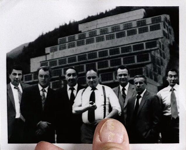 File:Syndicate photograph.jpg