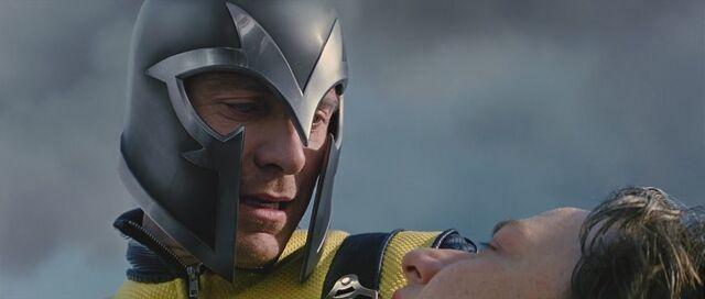 File:X-Men-First-Class-michael-fassbender-as-magneto-27254062-1366-580.jpg