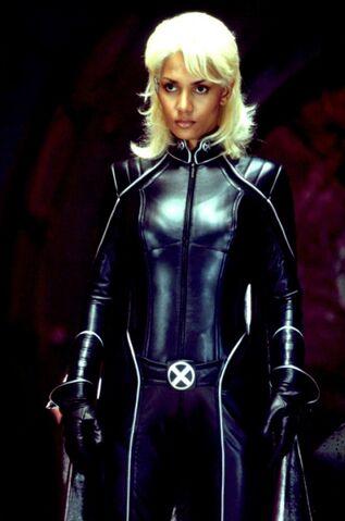 File:X-men-2-2003-138-g.jpg