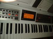 Roland-e-09w-636076