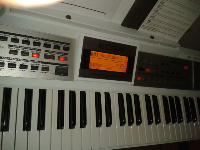 File:Roland-e-09w-636076.jpg