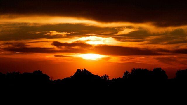File:SunsetMP.jpg