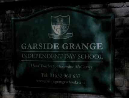 File:Garside Grange Sign.png