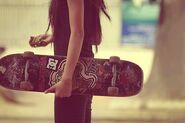 Girl-skate-skateboard-Favim.com-224972