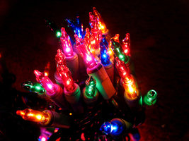 File:Christmas lights by KaLiegh.jpg