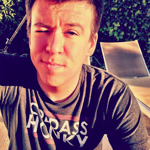 File:Philip DeFranco icon - 1.png
