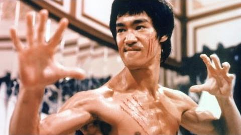 Top 10 Bruce Lee Moments