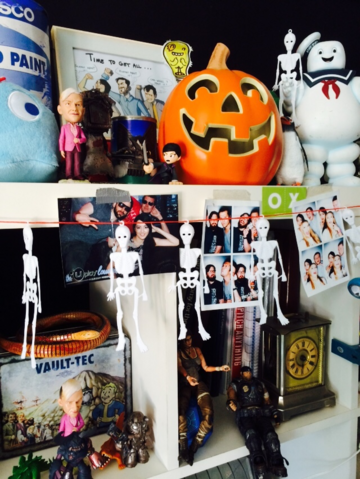 File:Oxbox halloween prop room.png