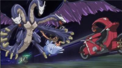 File:5Dx001 Yusei faces Montage Dragon.jpg