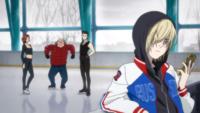Archivo:Yuri watch Katsuki's video.png