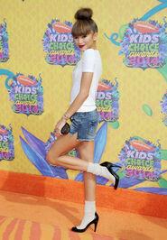 Zendaya-Coleman-Nickelodeons-27th-Annual-Kids-Choice-Awards-6