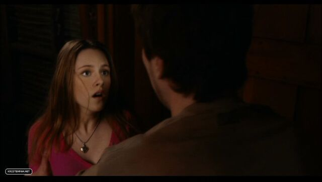 File:DVD-Screen-Captures-Zathura-kristen-stewart-23985433-898-506.jpg