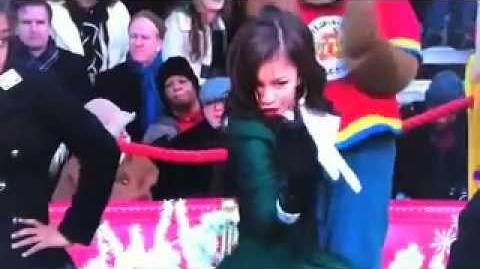 Zendaya's Performance at the Macy's Thanksgiving Parade!