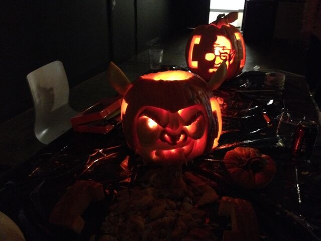 File:Halloween 2013 2.jpg